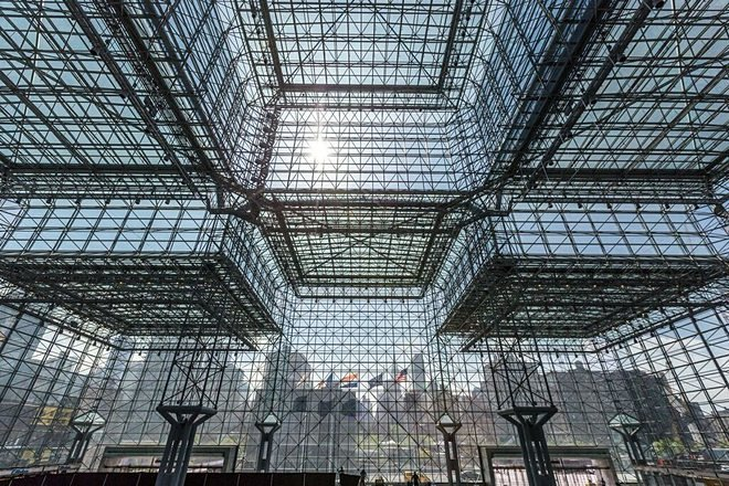 javitscenter-ceiling