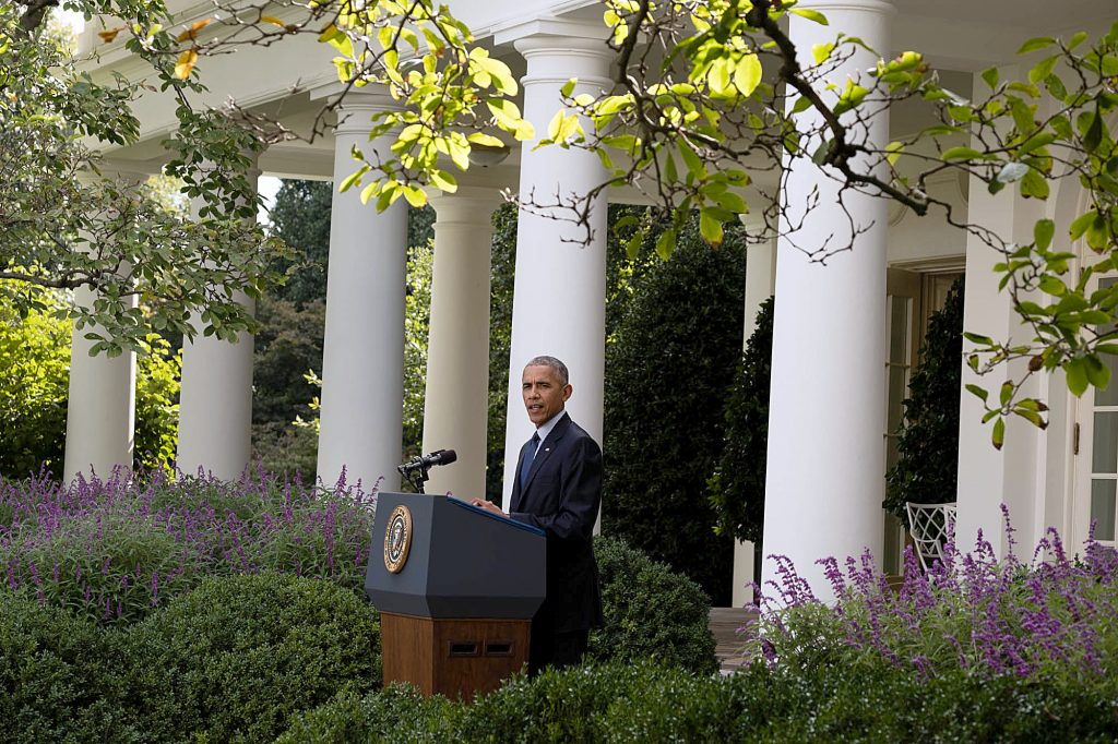 President Barack Obama delivers a statement regarding the Paris Agreement on climate change, in the Rose Garden of the White House, Oct. 5, 2016. (Official White House Photo by Chuck Kennedy)